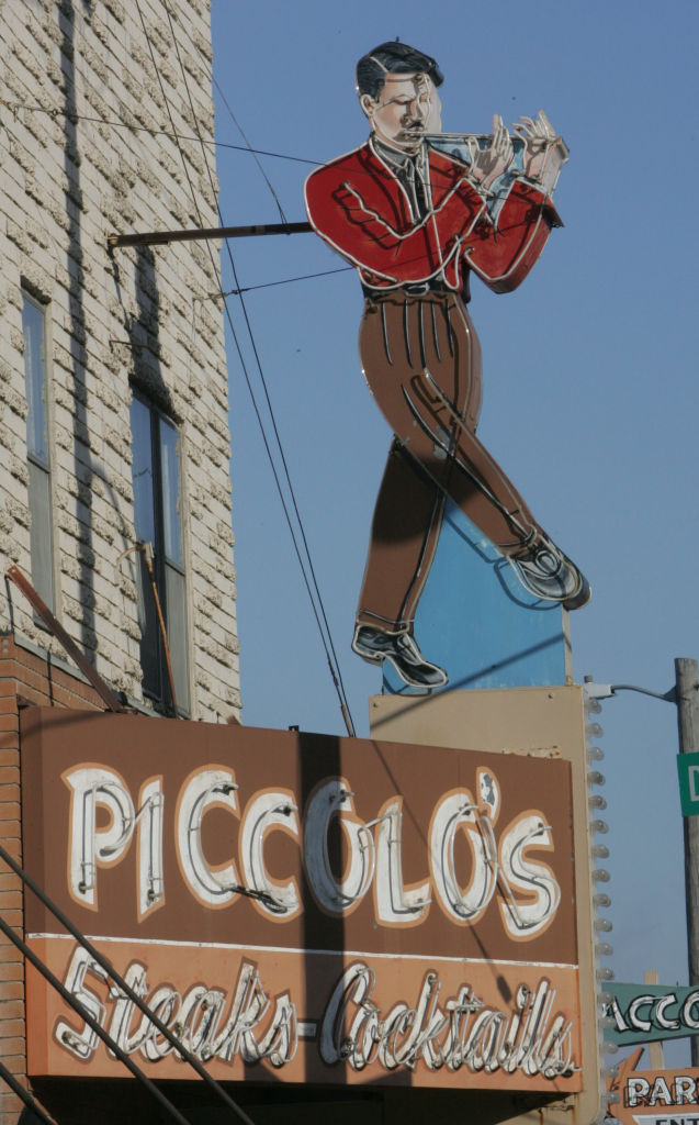 Piccolo Pete S Food Truck