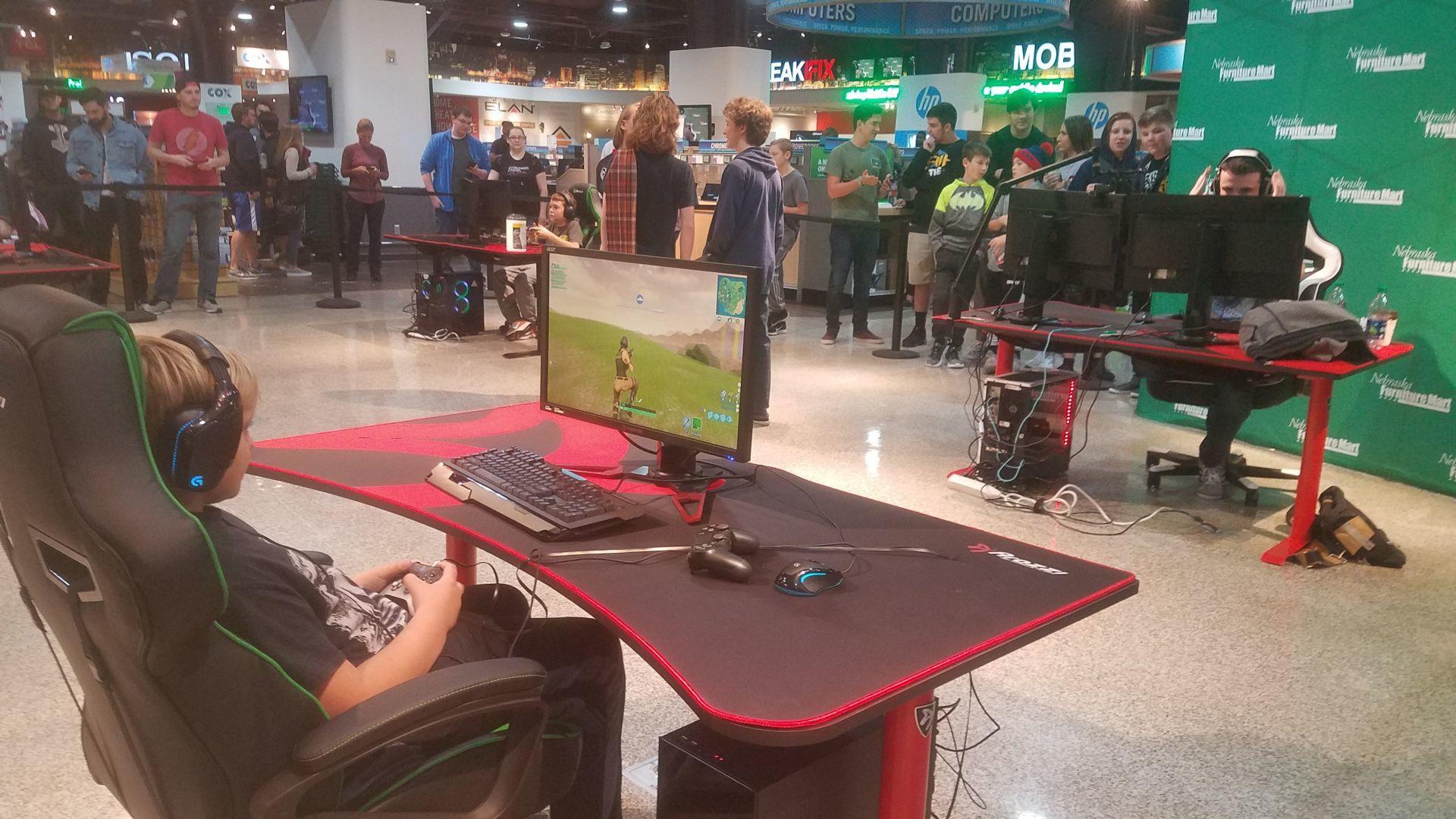 Omaha Gamer DrLupo Plays U0027Fortnite,u0027 Meets About 400 Fans At Nebraska Furniture  Mart