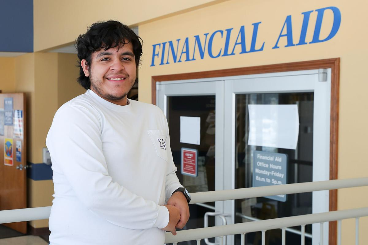 UNK financial aid 2-4-21-14.jpg