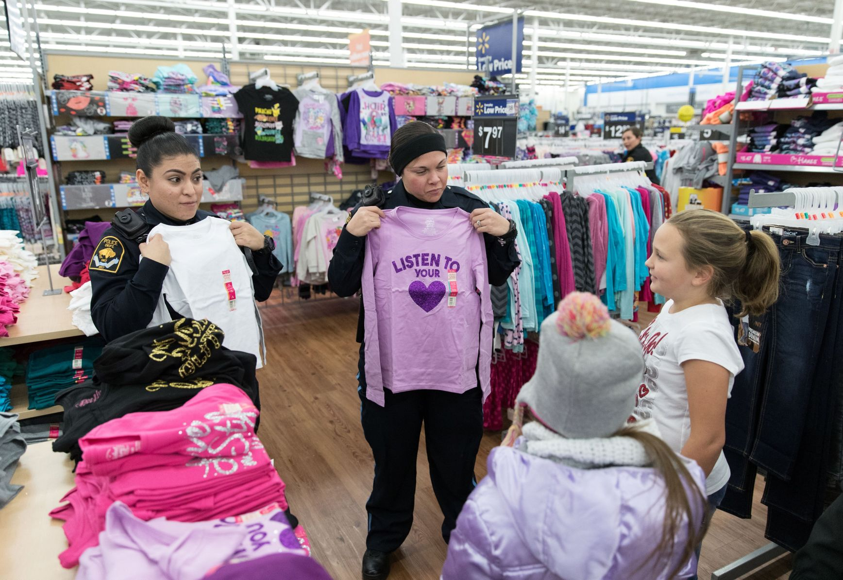 Husker football early signing period Dec. 20-22  sc 1 st  Omaha World-Herald & Officers kids from Open Door Mission make a connection in Shop ... pezcame.com