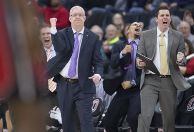 Shatel: UNO basketball is on the road again, racking up frequent flyer miles and wins