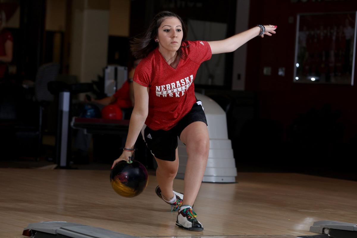 Julia Bond focusing on repeat heading into the Huskers ...