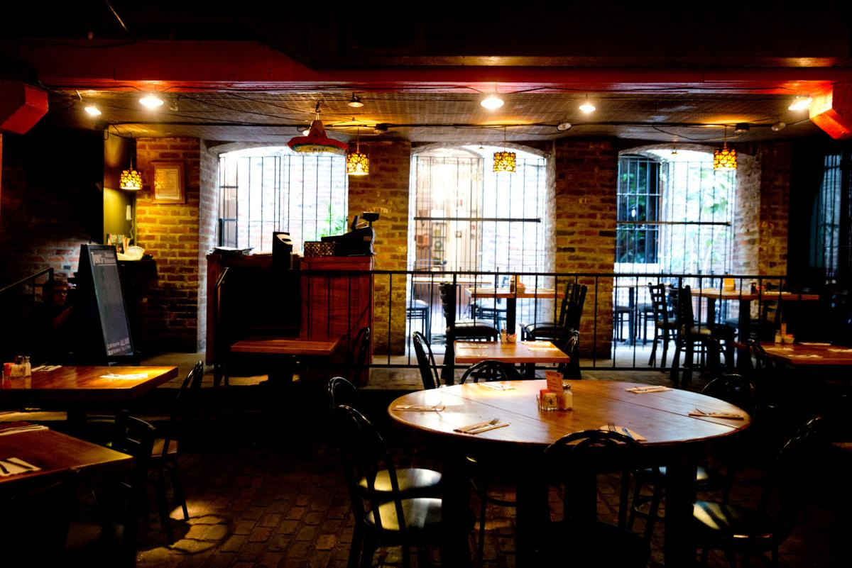 Dining Review Old Market Fixture Remains A Cozy Spot For