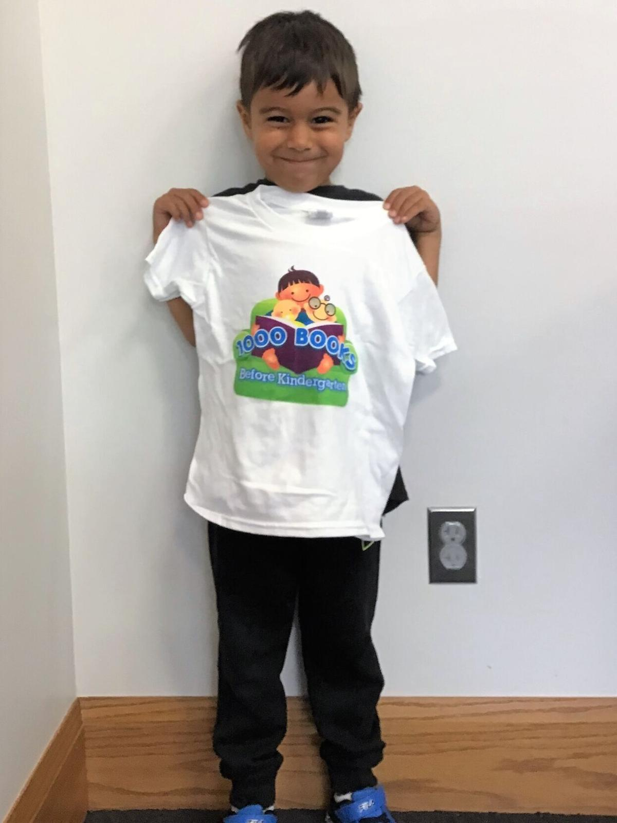 Two young readers hit 1,000 book goal - Xavi