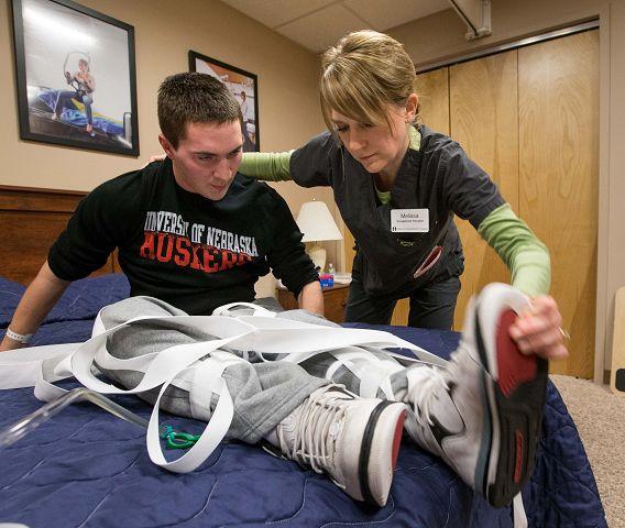 Isaac Pfeifer, injured prep football player, tackles tough rehab regimen