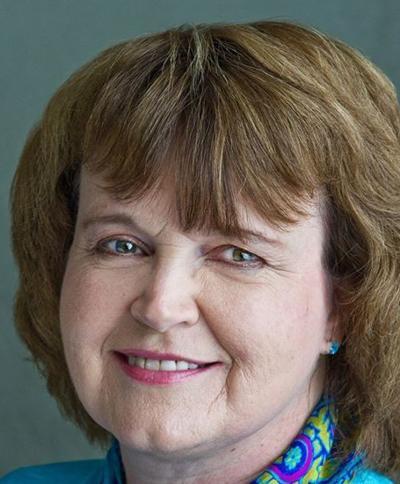 Julie Schmit-Albin Headshot