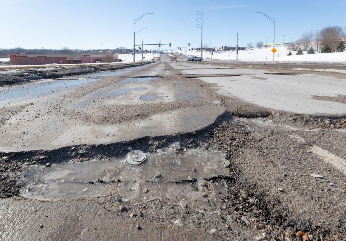 20190312_new_potholesKS007