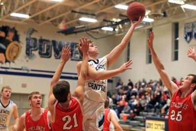 Lewis Central boys beat Harlan, move to 5-0 in Hawkeye Ten Conference