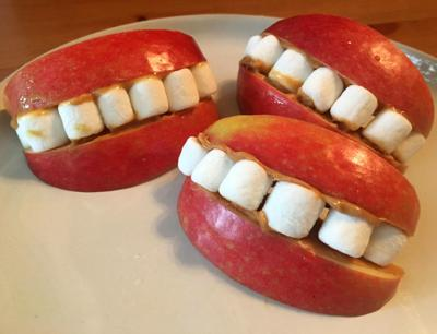With apples, marshmallows and peanut butter, you can make these healthy Halloween treats.