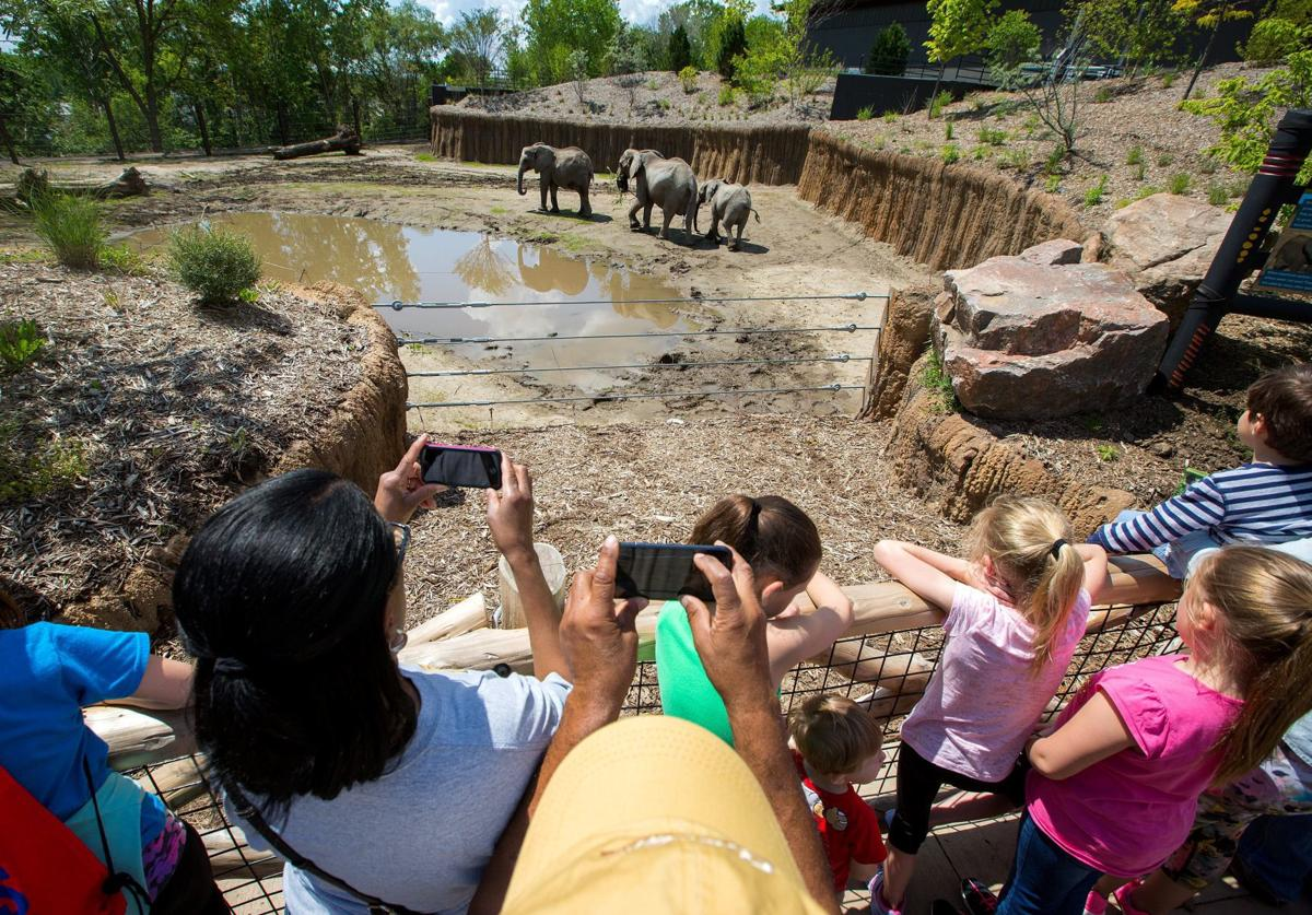 Is the Henry Doorly Zoo the best in the U S ? The people