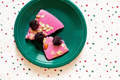 Blackberry yogurt bark