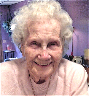 Kelly: A long life through war and peace for 'Armistice Babe'