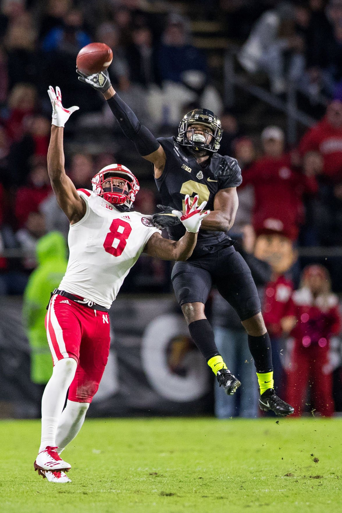 McKewon Lack of balance may irk some but Husker passing game is starting to run pretty smoothly Football