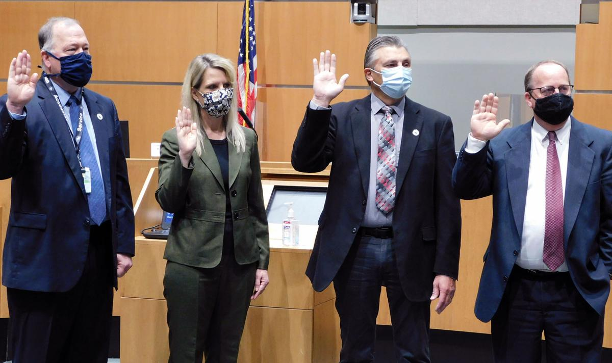 Sarpy County officials take oath of office (copy)
