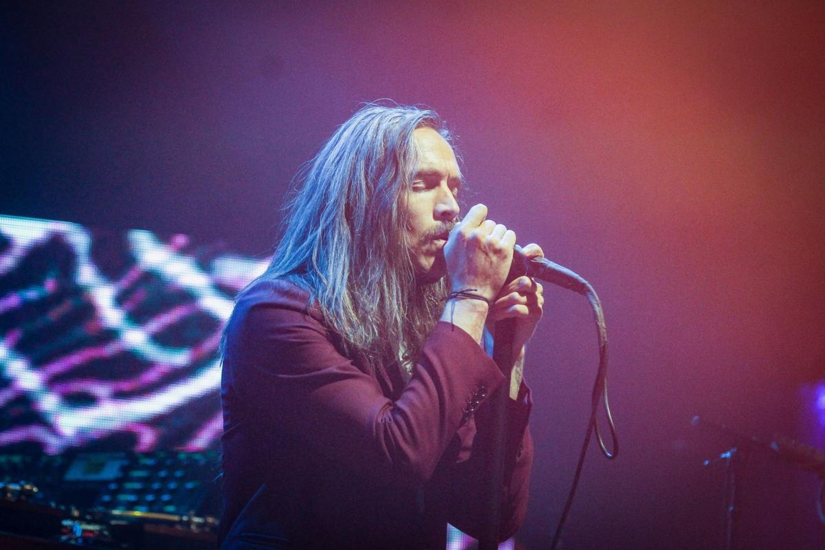 Brandon Boyd performs with Incubus at the Orpheum Theater in Omaha on Saturday.