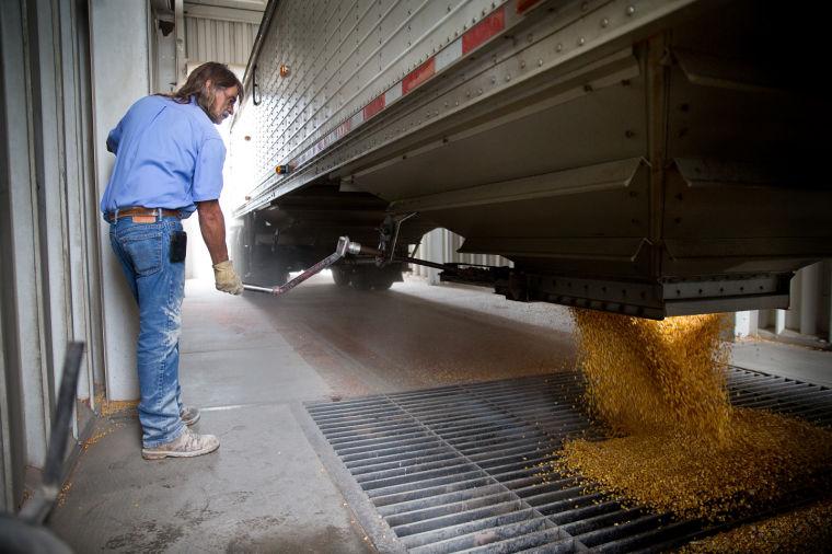 Federal regulators emphasize safety at Nebraska grain elevators