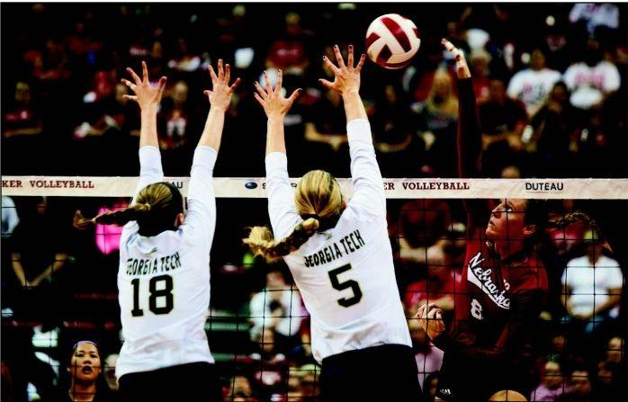 Huskers handle switch