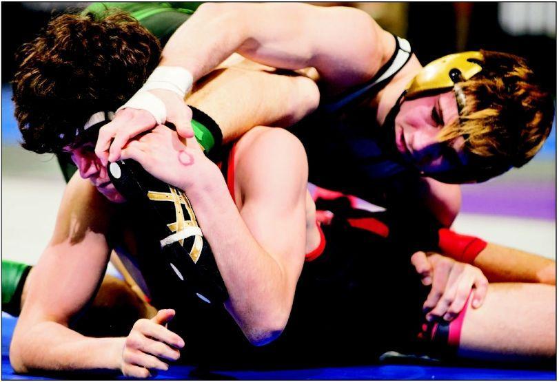 Scottsbluff splits in semifinals