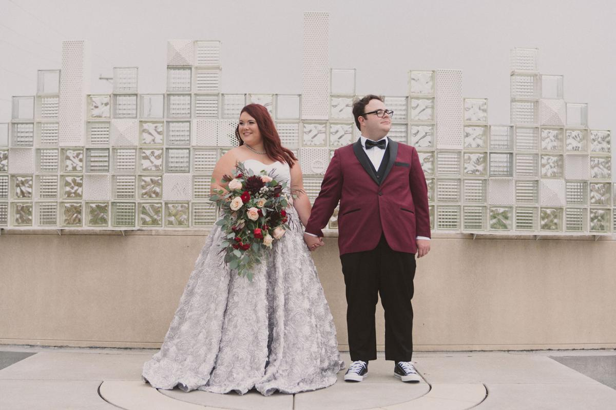 WeddingEssentialsOmaha_RealWedding_HannahPaul_RANDYEDWARDS_0023.jpg