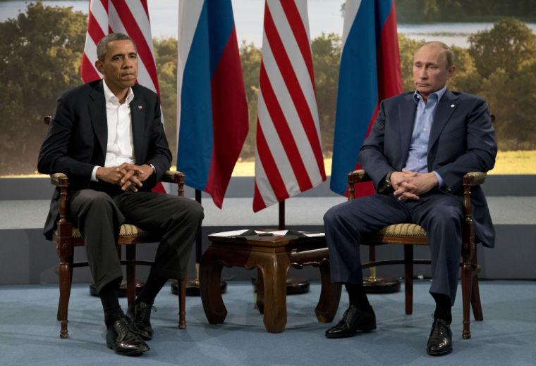 Obama snubs Putin in sign of tensions in U.S.-Russia ties