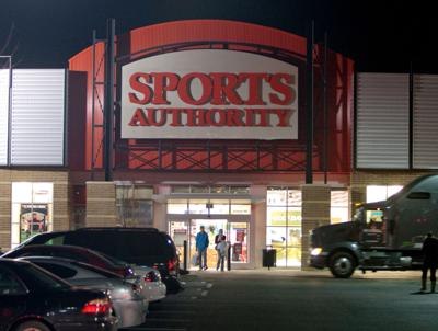 Both Omaha Sports Authority Stores To Close Employees Tell Shoppers