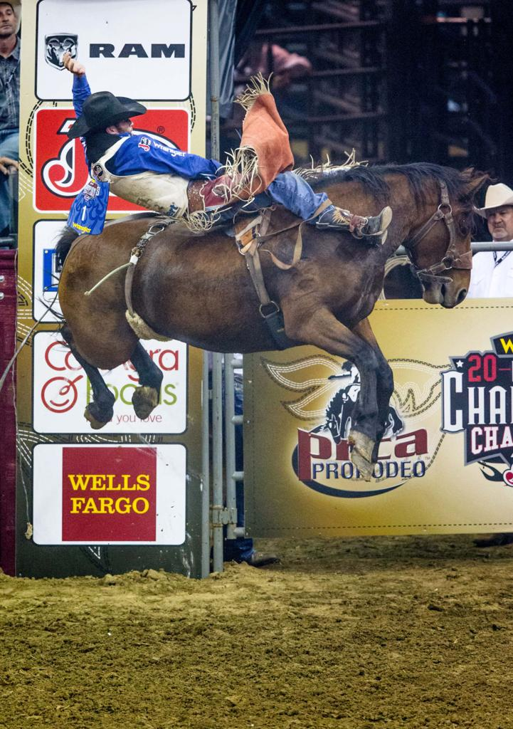 Missouri Valley Student Earns Healthy Check During Rodeo S