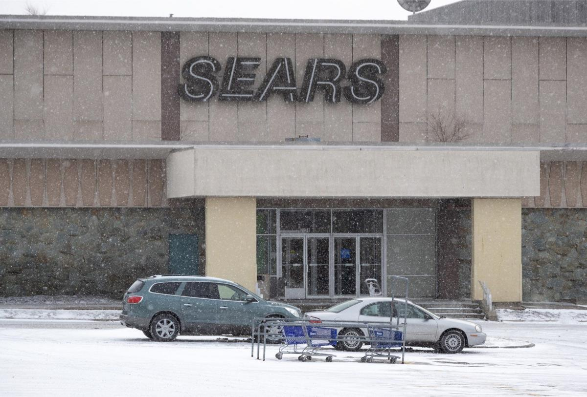 sears store at crossroads mall is set to close after more than 58
