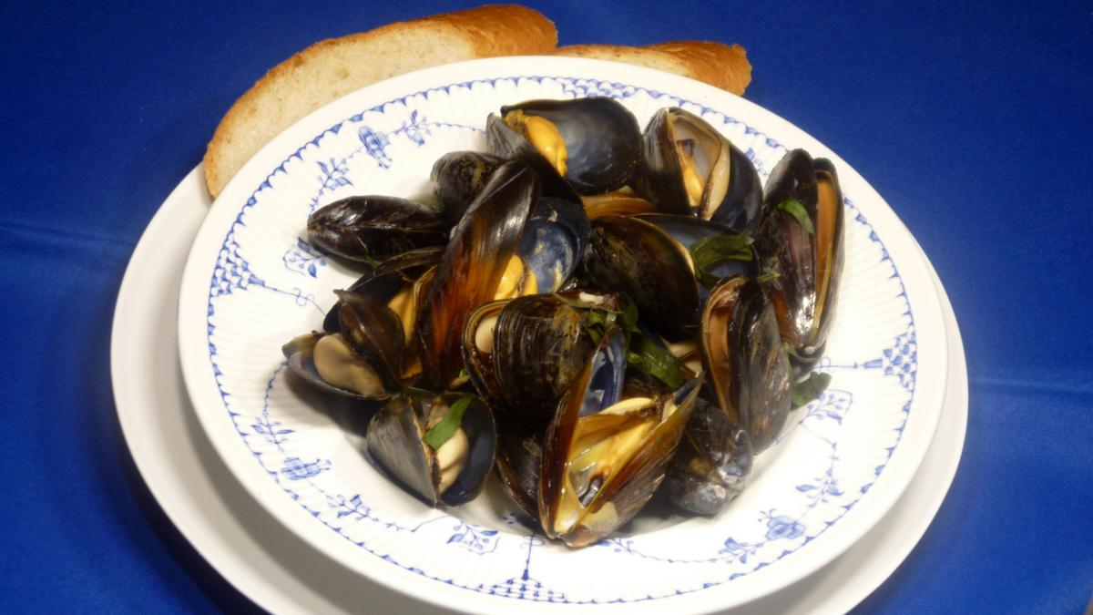 White Wine Steamed Mussels.