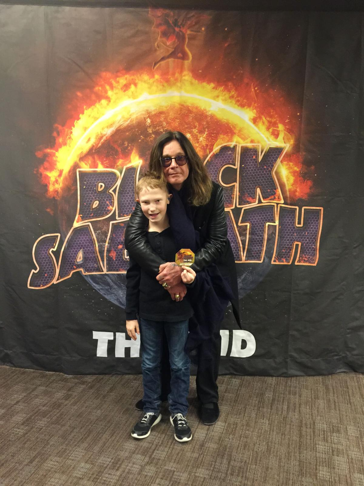 10 Year Old With Hearing Aids Can T See Ozzy Osbourne At