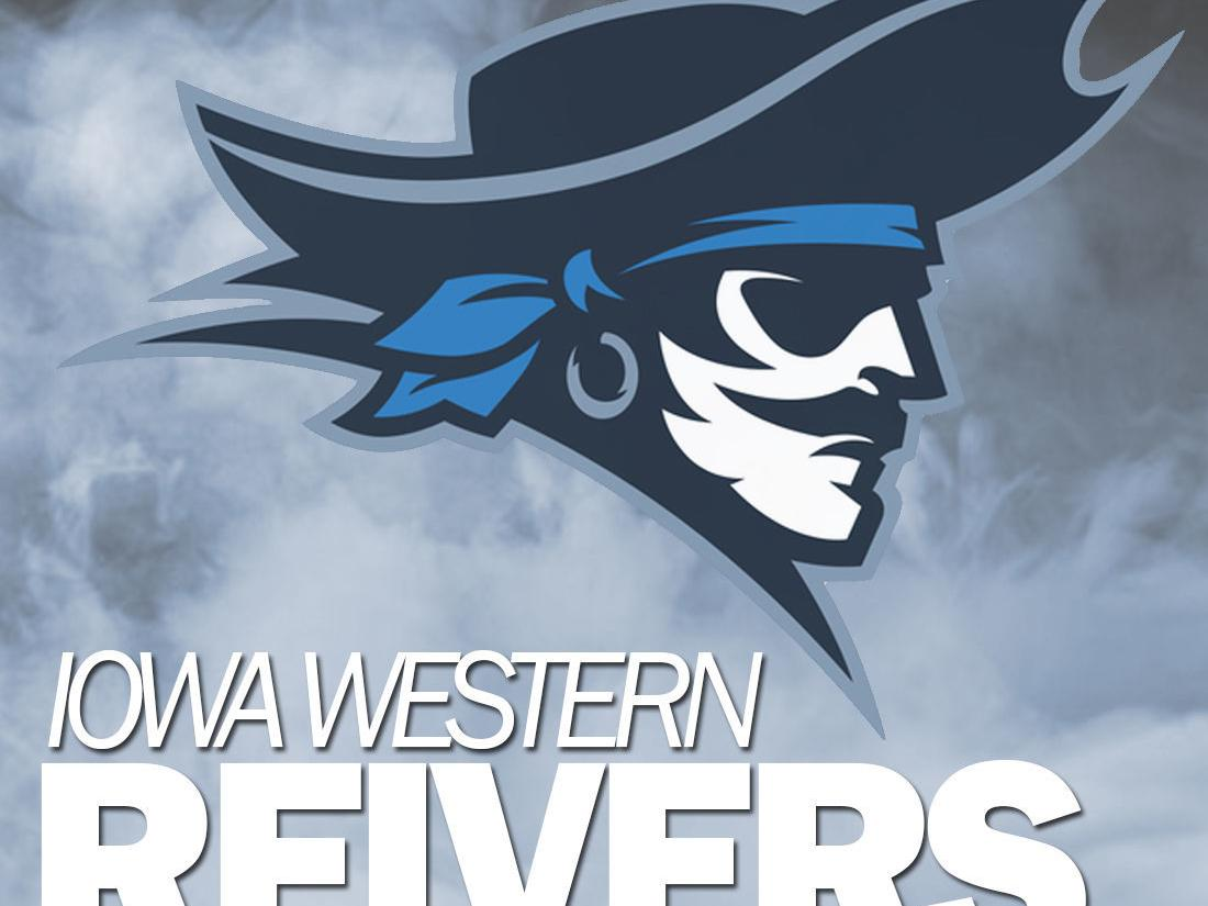 Iowa Western women explode for five goals in 14 minutes to best Paradise Valley at nationals