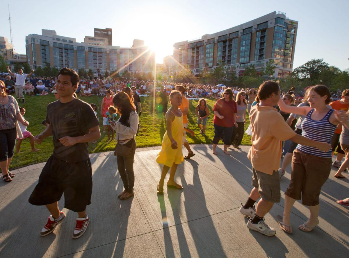 Midtown Crossing Events Omaha Events Things To Do In >> 7 Events Worth Leaving The House For This Weekend Calendar Omaha Com