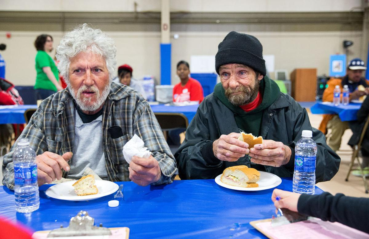 Hundreds give their time to help the homeless