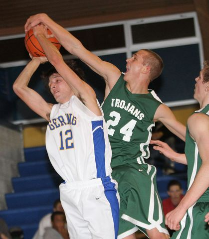 Kelly Walsh rallies late to string Gering boys