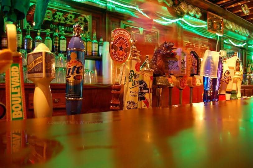 Dubliner Pub   Irish Bar   The Dub   Omaha   Taps