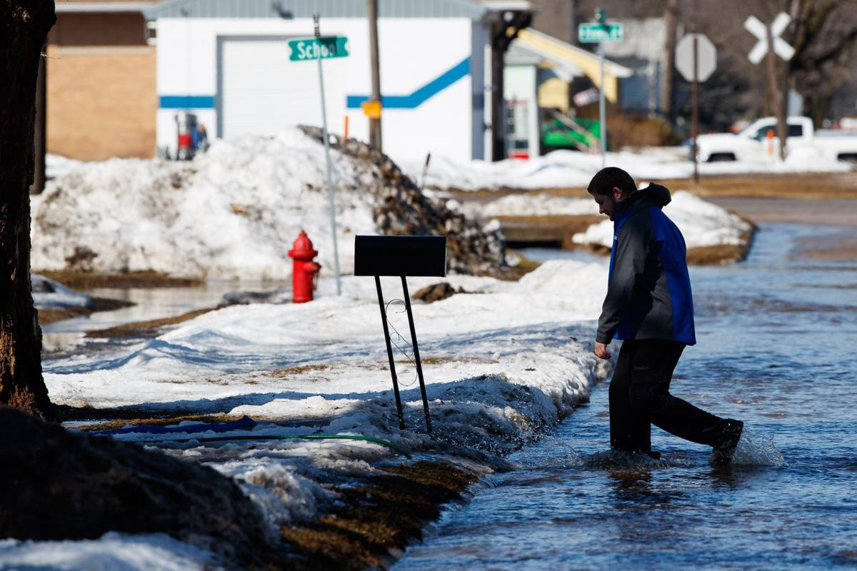 Record snowfall, 'historic' bomb cyclone are forces behind