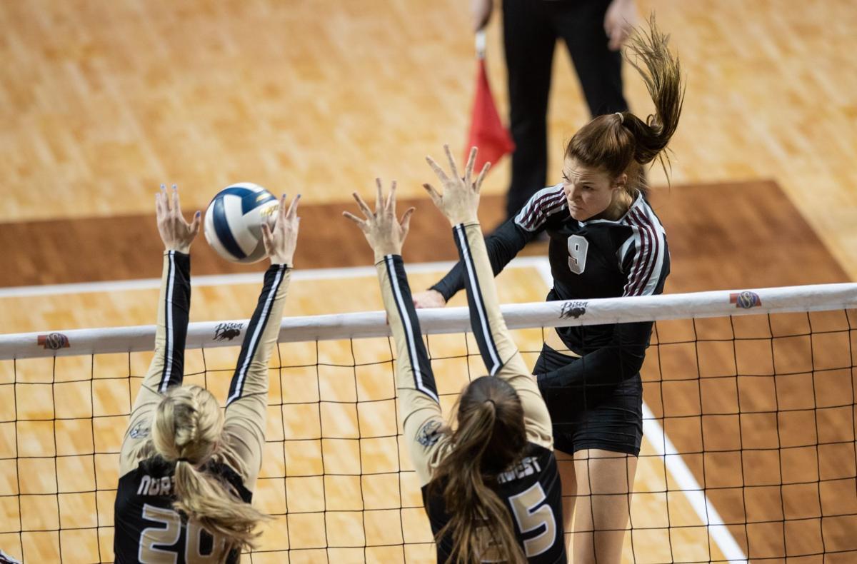 Waverly junior Whitney Lauenstein fulfills 'a dream' by committing to Nebraska volleyball