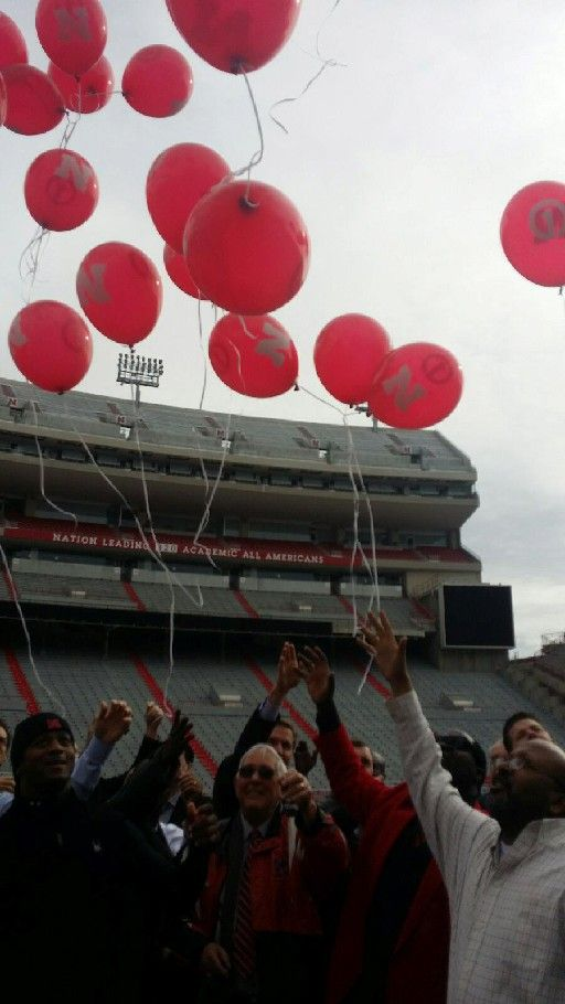 Lawrence Phillips balloons