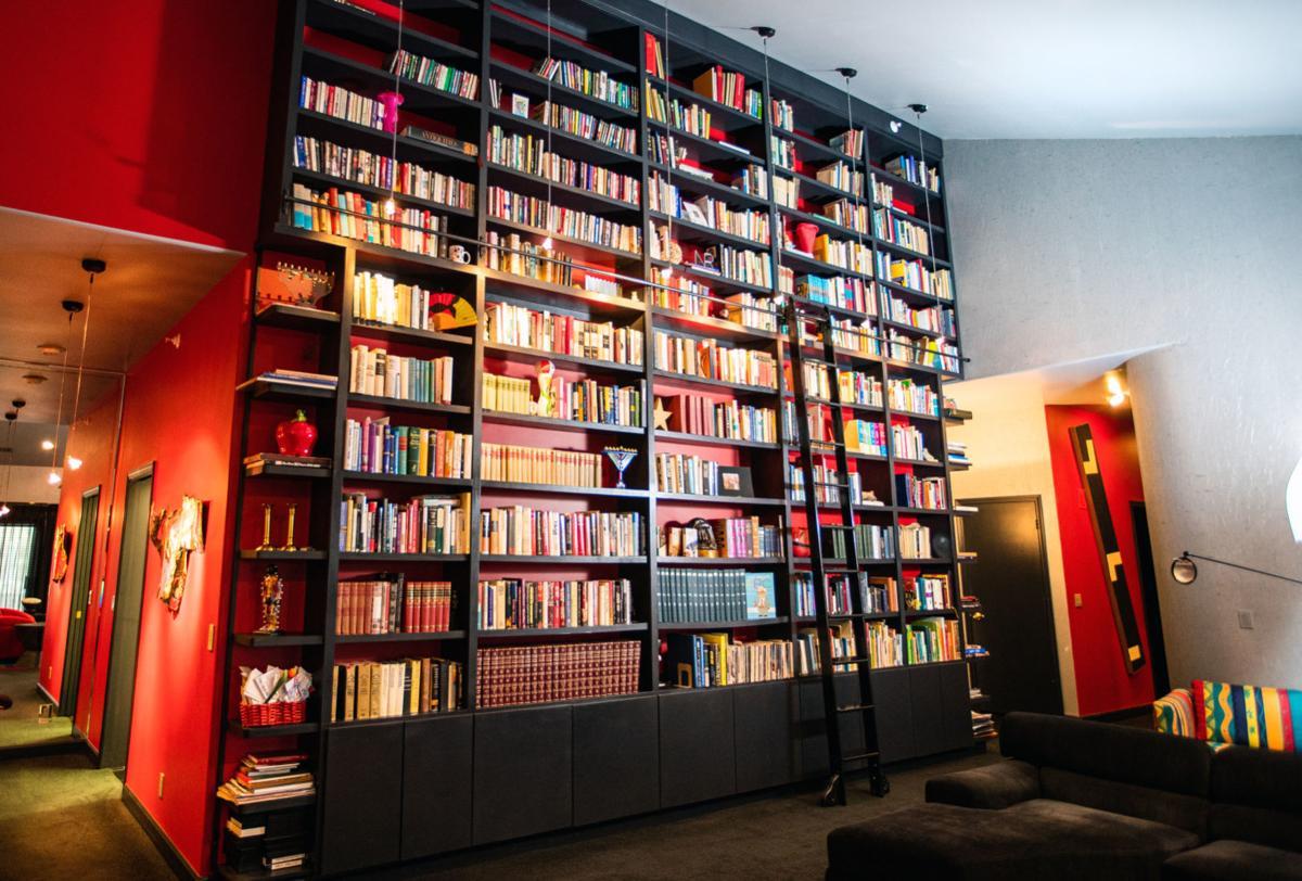 library3_02kw.jpg
