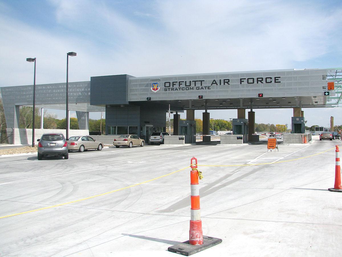offutt a f b chat Bộ quốc phòng mỹ bất ngờ công bố kế hoạch nâng cấp máy bay ngày tận thế e-4b với nhiều tính năng tối tân vượt trội.