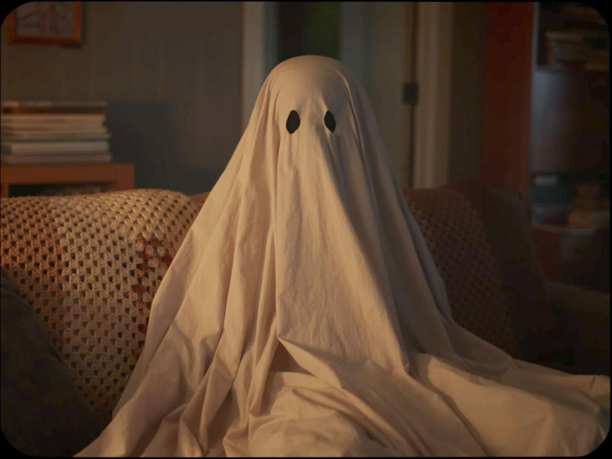 Review: 'A Ghost Story' is best film of 2017 (so far) | GO