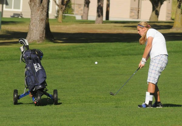 Duke girls fourth at Seward in golf