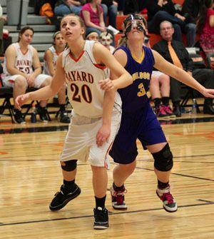 Bayard girls hold off Bridgeport