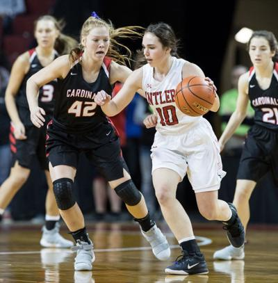 Class B: Brooke Carlson fuels Elkhorn upset of South Sioux City for state title