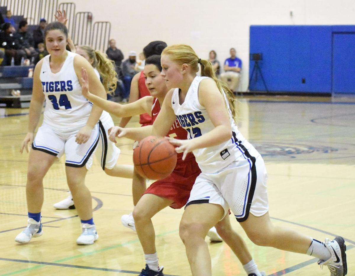 Girls' basketball: Omak powers past Colville