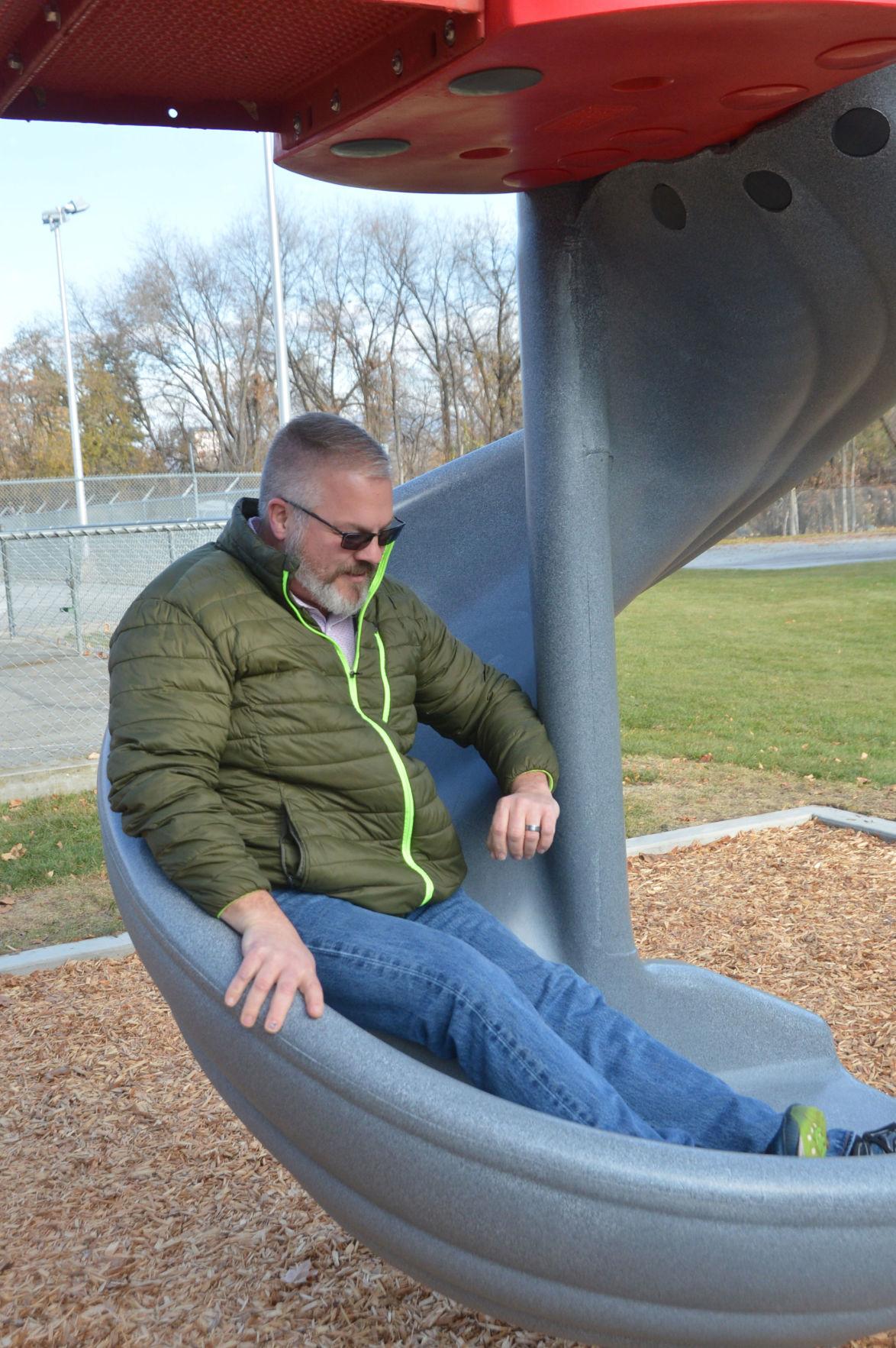 Mayoral slide