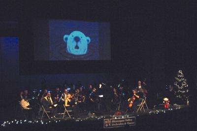 Review: Musicians give a Christmas gift