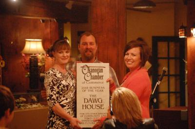 Chamber names Dawg House Business of the Year