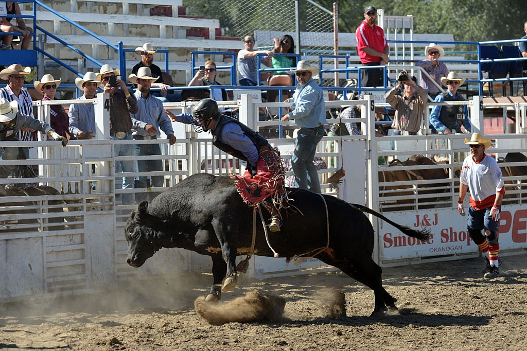 Erickson claims all-around title at Omak Stampede rodeo