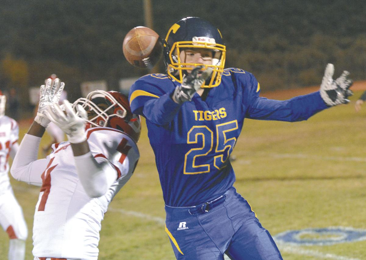 Brewster football charges back late to edge Tonasket