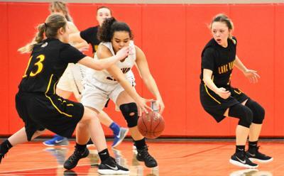 Girls' basketball: Raiders foil league champion Bear
